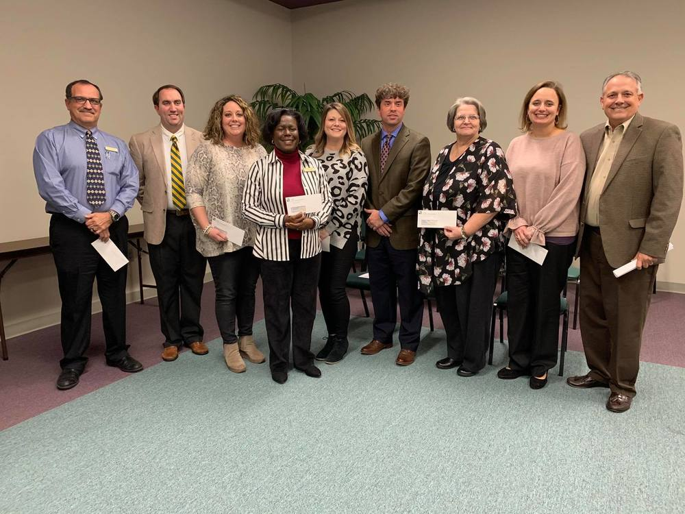 Satilla REMC Awards SMART Grants to Elementary Media Centers