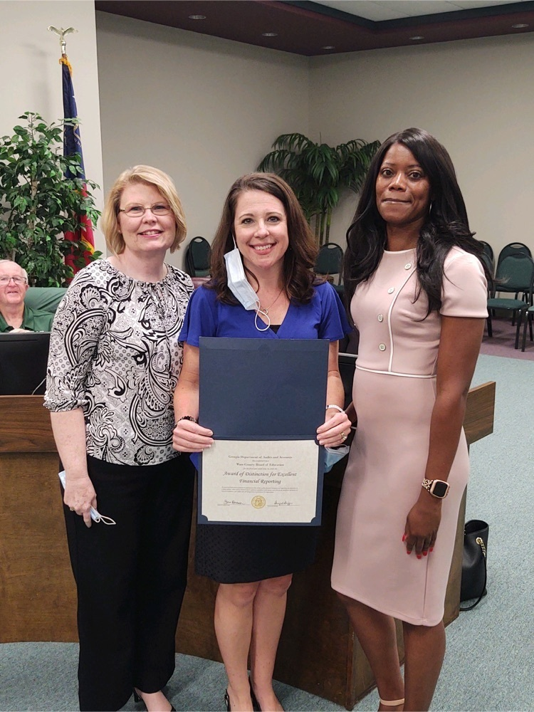 WCS Finance Department Recognized with Excellence Award